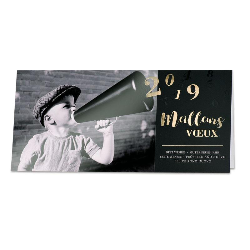 Franstalige nieuwjaarskaart jongen met megafoon (848.025)