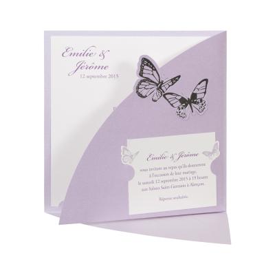Vierkante kaart met lila pochette en vlinders (FR)  (102.057)