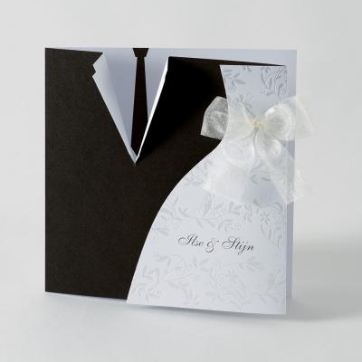 3 luik kaart met motief van bruidskleed en das (103.055)