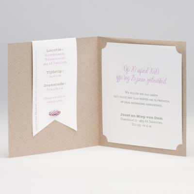 Eco huwelijksuitnodiging met tag en wit-roze gestreept lint (106.037)
