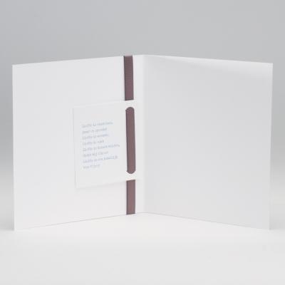 Vierkante blanco kaart met bruin luxelint met strik (106.081JUB)