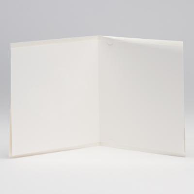 Vierkante trouwkaart met bloemmotief en harten in folie (106.134)