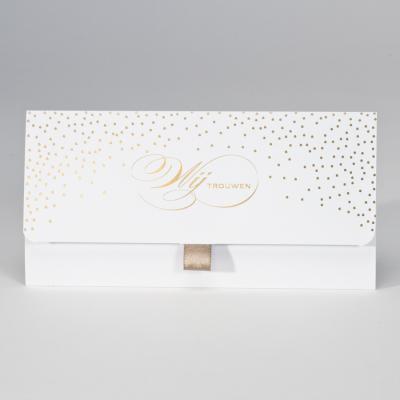 Witte clutch met confetti in goudfolie Wij trouwen (108.076)