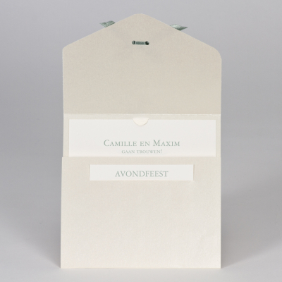 Elegante trouwkaart met kantmotief in flock - groen (108.114)