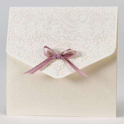 Elegante trouwkaart met kantmotief in flock - oudroze (108.115)