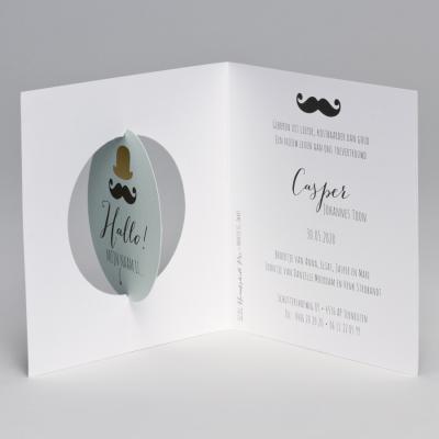 3D-geboortekaart bolhoed, snor en speelse confetti (507.047)