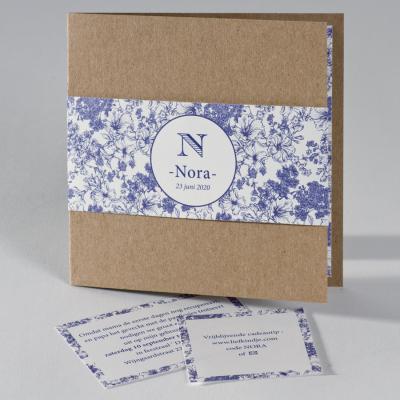 Eco geboortekaart met bloemenband in delftsblauw  (586.026)