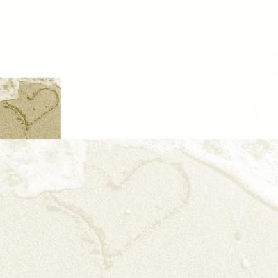 Dubbele plano rouwbrief met hart in het zand (636.909)