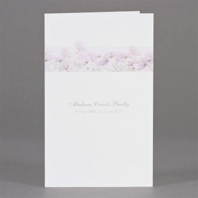Dubbele staande rouwkaart met paarse bloemen (642.164)