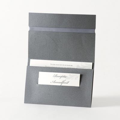 Staalgrijze pochette met barokmotief en zilverfolie (105.078)