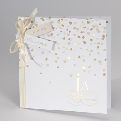 Feestelijke trouwkaart met gouden harten Ja wij trouwen (108.013)