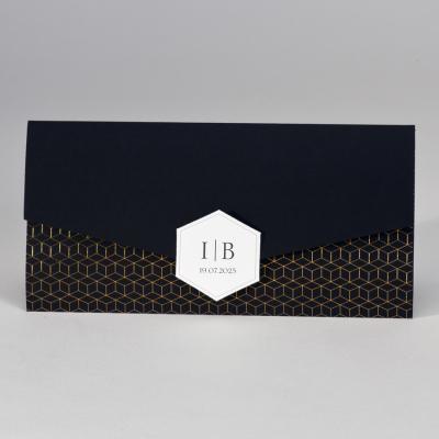 Langwerpige zwarte pochette met geometrisch patroon in koperfolie (108.066)