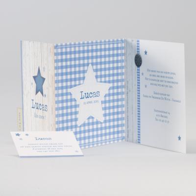 Stoere jongenskaart met ster in jeansmotief, steigerhout en blauwe ruiten (584.013)