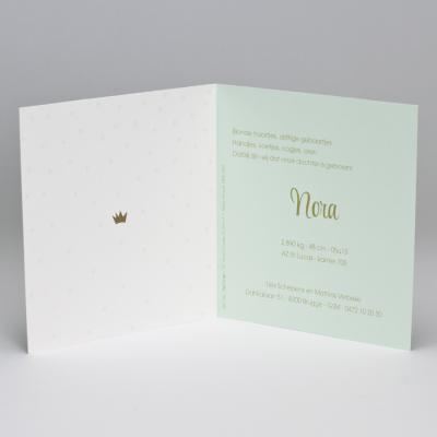 Mintgroen geboortekaartje met confetti in goudfolie (586.160)